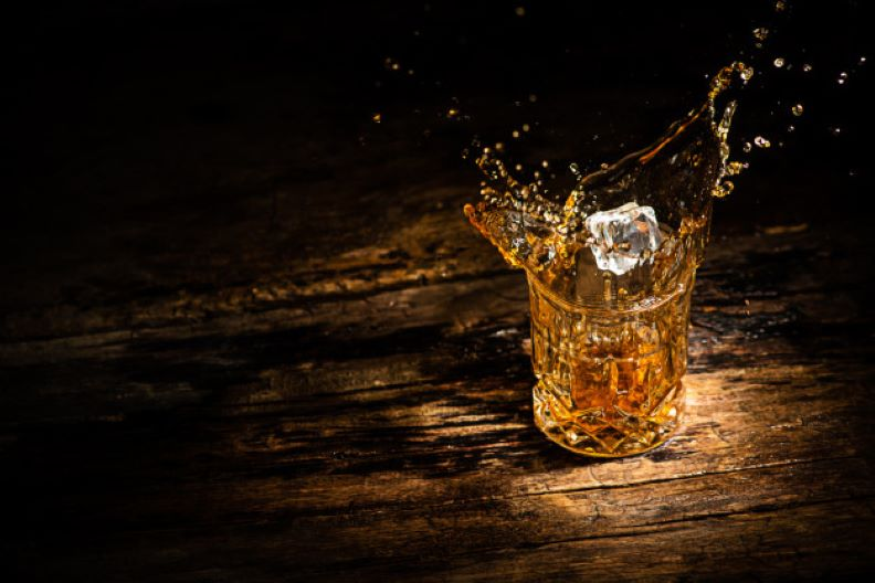 glass with whisky
