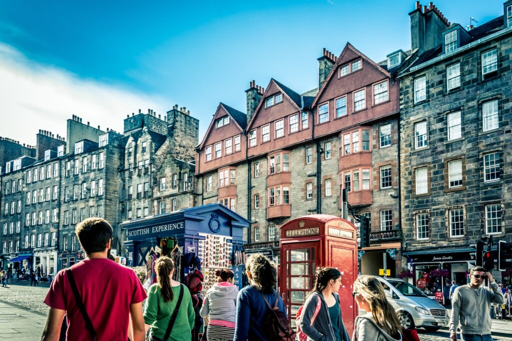 Tourists on Edinburghs' streets